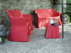 - Design Low plastic garden side table CASPER - DOMITALIA