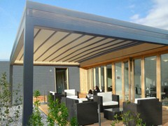 - Wall-mounted pergola with sliding cover R210 PERGOLIFE - BT Group