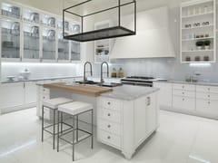 Cucina laccata con isola con maniglieAVENUE | Cucina con isola - ASTER CUCINE S.P.A.