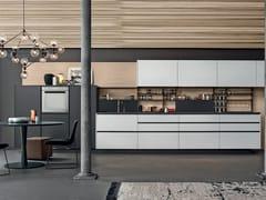 Cucina laccata in legno con isola ARTEX - Varenna by Poliform