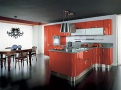 Ergonomic lacquered wooden fitted kitchen KATIA | Ergonomic kitchen - Cucine Lube