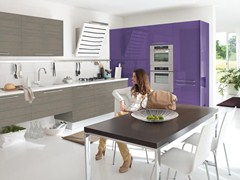 Fitted kitchen with handles MAURA | Fitted kitchen - Cucine Lube