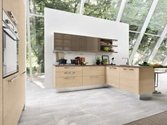 Lacquered fitted kitchen with handles PAMELA | Fitted kitchen - Cucine Lube