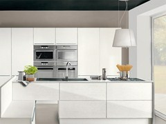 Lacquered fitted kitchen PAMELA | Kitchen without handles - Cucine Lube