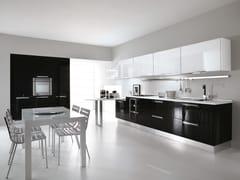 - Cocina integral lacada de madera con tiradores NILDE | Cocina con tiradores - LUBE INDUSTRIES S.R.L.