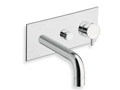 - Wall-mounted bathtub mixer with diverter with plate TRICOLORE VERDE | Bathtub mixer with plate - CRISTINA Rubinetterie