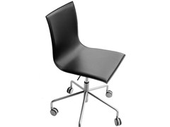 - Swivel chair with 5-spoke base with casters THIN | Chair with 5-spoke base - Lapalma