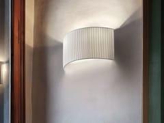 - Lampada da parete a luce diretta e indiretta in tessuto ROUND | Lampada da parete - Masiero