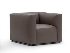 - Upholstered leather armchair with armrests SHANGAI | Leather armchair - Poliform