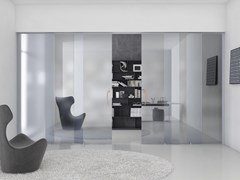 Porta scorrevole in vetro con maniglia VirgolaSPACE - VIRGOLA - FOA