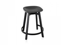 - Stool with footrest SU | Stool with footrest - Emeco