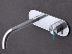 - Miscelatore per lavabo a muro monocomando in acciaio inox con piastra TKI21 | Miscelatore per lavabo - Radomonte