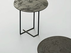 - Round metal side table URUSHI | Side table - da a
