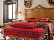 Italian classic furniture upholstered bed with walnut headboard - Casanova Collection - Modenese Gastone