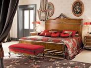 Italian classic furniture upholstered bed with walnut headboard - Casanova Collection - Modenese Gastone
