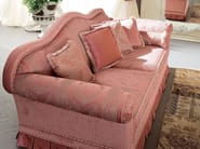 Padded deluxe sofa Italian fabrics - Bella Vita Collection - Modenese Gastone