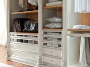 Walk in closet detail interior design - Bella Vita Collection - Modenese Gastone