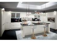 Fitted kitchen BACCARAT - Scavolini