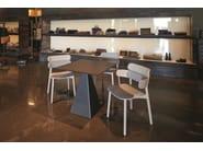 Sedia in legno con braccioli BANDS | Sedia con braccioli - Varaschin