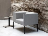 Upholstered guest chair with armrests BRIX - Viccarbe