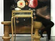Sgabello da bar in legno con poggiapiedi CENTER DOT - Pols Potten