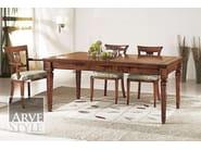 Sedia in legno massello con schienale aperto CESARE | Sedia con braccioli - Arvestyle