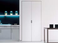 Folding lacquered door CLICK - RES
