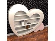 Wall-mounted lacquered bookcase CUORE | Bookcase - ITALY DREAM DESIGN - Kallisté