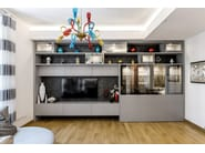 Oak and stone kitchen with peninsula D90/T45 Caesar brown stone / grey oak - TM Italia Cucine