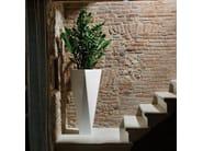 Polyethylene vase DIAMOND - PLUST Collection by euro3plast