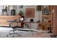 Swivel task chair with casters EA 117 - Vitra