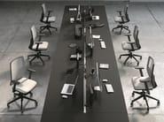 Sedia ufficio operativa girevole a 5 razze con braccioli EM46 | Sedia ufficio operativa - Emmegi