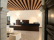 Wooden reception desk FACTORY - Sinetica Industries