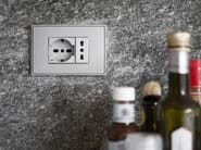 Electrical outlet FF | Electrical outlet - Ekinex® by SBS