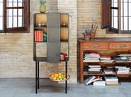 Lacquered metal display cabinet FLOAT | Metal display cabinet - Miras