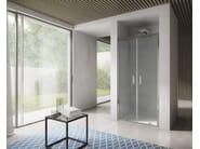 Box doccia a nicchia in vetro con porte a battente FREE | Box doccia a nicchia - IdeaGroup