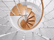Steel and wood Spiral staircase GENIUS 010 | Spiral staircase - Fontanot Spa