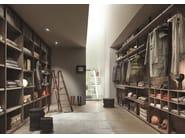 Sectional custom walk-in wardrobe HANGAR - Lema
