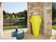 Polyethylene vase HUMPREY - PLUST Collection by euro3plast