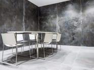 Pavimento/rivestimento in gres porcellanato effetto metallo IRON BLACK | Rivestimento - FMG Fabbrica Marmi e Graniti