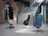 Height-adjustable executive chair with 5-spoke base with casters ITALIA | Executive chair with casters - Luxy