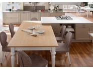 Wooden fitted kitchen with island ITALIAN MOOD | Kitchen - Callesella Arredamenti S.r.l.