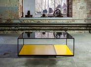 Tavolino da caffè quadrato in vetro KARUSA - Canapés Duvivier