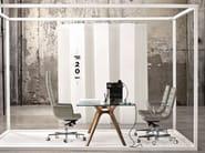 Poltrona ufficio direzionale in pelle a 5 razze con braccioli con schienale alto KEY | Poltrona ufficio direzionale a 5 razze - Emmegi