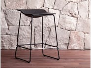 Sled base stool LAST MINUTE - Viccarbe