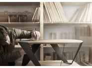 Round aluminium and wood coffee table MOBIUSH - Tabanda