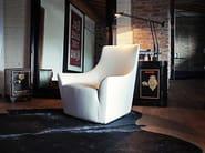 Armchair with armrests MONTERREY - Arketipo