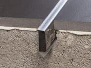 Giunto per pavimento in metallo NOVOJUNTA® DECOR FLECHA STAINLESS STEEL | Giunto per pavimento - EMAC Italia