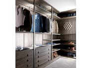 Corner custom wood and glass walk-in wardrobe PALO ALTO | Wood and glass walk-in wardrobe - MisuraEmme