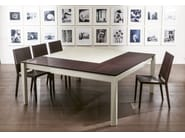 Extending square wood veneer table PLURIMO | Lacquered table - Pacini & Cappellini